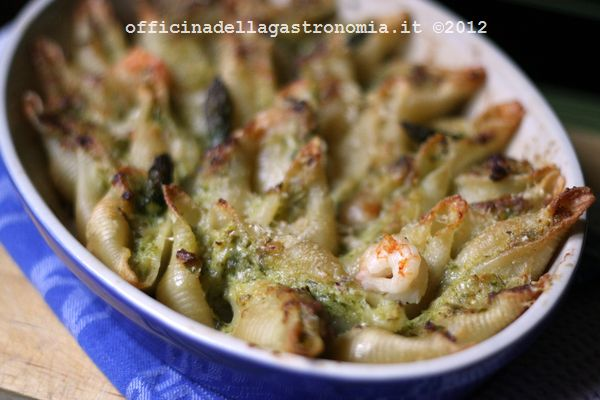 conchiglie asparagi e gamberi